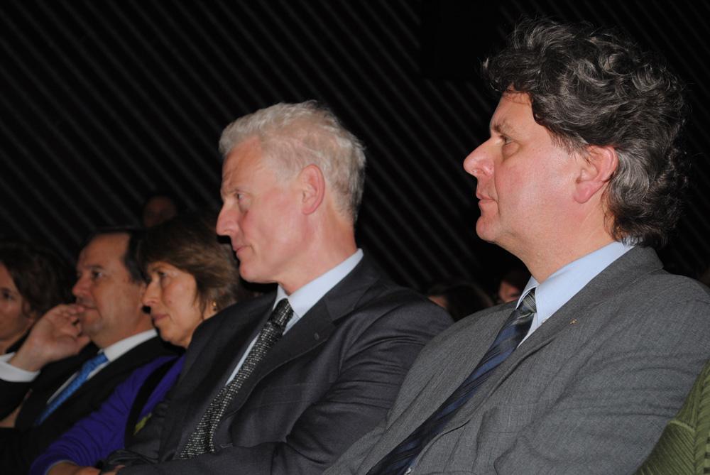 Jonathan C.H. King et Klaus Schneider