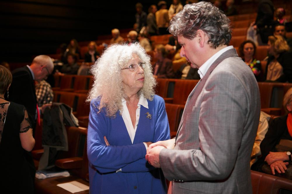 Daniela Bognolo, chercheuse de la Fondation culturelle Musée Barbier-Mueller, et Klaus Schneider, membre du Comité scientifique et ex-directeur du Rautenstrauch-Joest-Museum- Kulturen der Welt, Cologne.