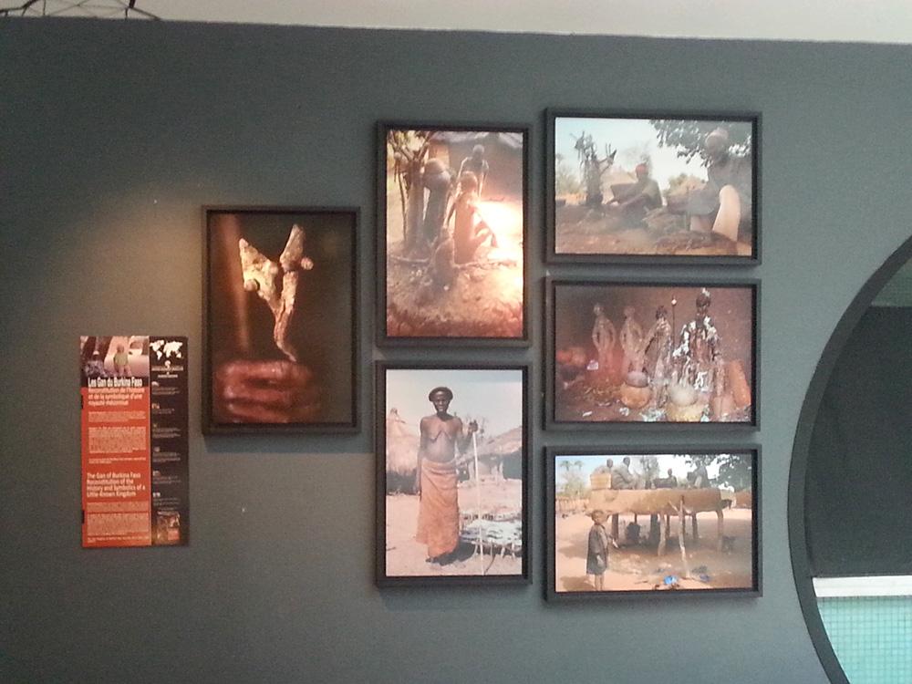 Photos prises par Daniela Bognolo lors de ses recherches chez les Gan du Burkina Faso, exposées à l'Alcazar.