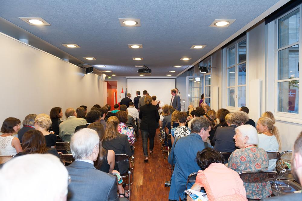 La salle est comble ! Photo Luis Lourenço.