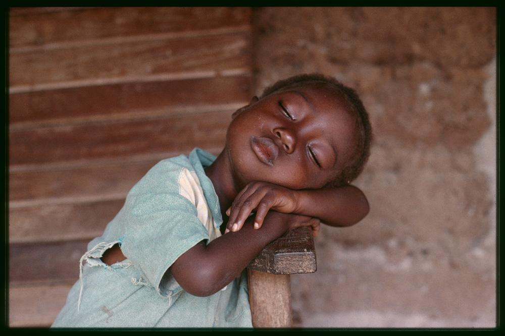 Quel avenir pour la nouvelle génération kouya ? Photo Denis Ramseyer, 1998.